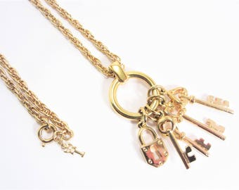 Vintage Crown Trifari Key Charm Pendant Necklace 30 Inch Long Strand