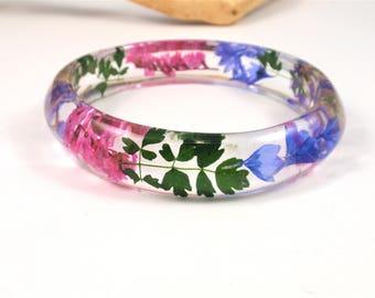 Stunning Flower Resin Bangle Bracelet, Real Flower Resin Bracelet, Dried flowers, Bangle jewelry, Chunky bangle, Botanical jewelry, Size XL