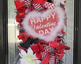 Valentine's Day Wreath, Valentine's Door Swag, Heart Wreath, Front door wreath, Valentine's Wreaths, Door Hanger, Large Wreath