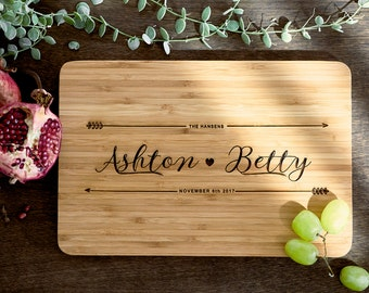 Christmas Gift Ideas - Custom Name chopping board for couples - Personalised Cutting board - ...