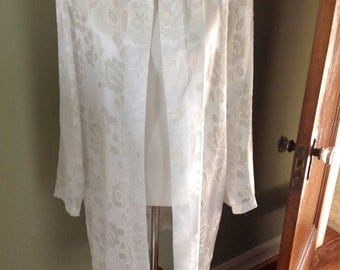Reserve for Heartgayle....Silky damask long jacket/tunic.......white......vintage.....excellent condition