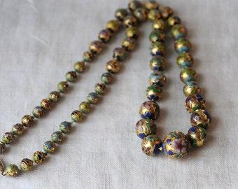 Vintage Cloisonné Necklace, Gilt Cloisonné Beads, Graduated Bead, Blue, Green, Red Flowers, KC013