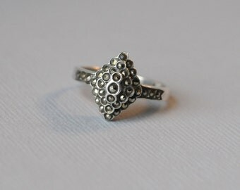 Vintage Pyramid Marcasite Ring, 925, PK167