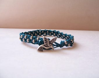 Teal Hummingbird Beaded Macrame Bracelet, Hemp Jewelry, Macrame Jewelry, Macrame Bracelet, Hummingbird Jewelry, Hummingbird Bracelet