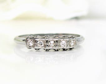 Vintage Art Deco Keepsake Diamond Wedding Ring 18K White Gold Ladies Wedding Band 0.15ctw Diamond Stackable Ring Size 6