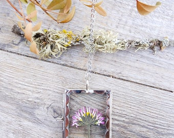 Pressed wildflower necklace, real flower terrarium pendant, gift for woman, glass locket pendant, shadow box necklace, botanical necklace