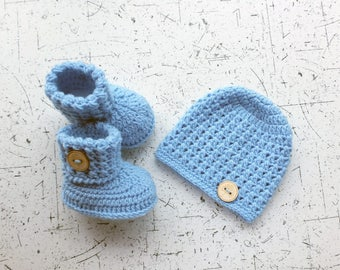 Baby hat and booties - Hat and booties set - Crochet baby clothes - Baby gift set - Baby Boy clothes - Newborn set - Baby boy gift