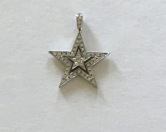 An 18k Gold Theo Fenell Star Pendant