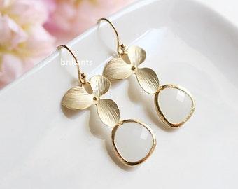 Orchid flower and White glass stone earrings in gold, White stone earrings, Bridesmaid jewelry, Everyday earrings, Wedding earrings