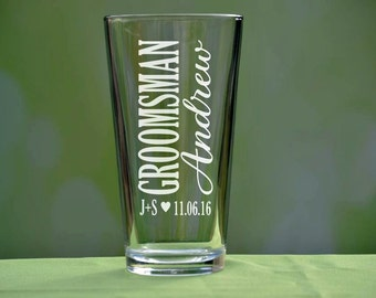 Groomsman Glasses, Pint Groomsman Glasses, Beer Groomsman Glasses, Custom Groomsman Beer Mugs, Personalized Pint Glasses, Engraved Glass, GM