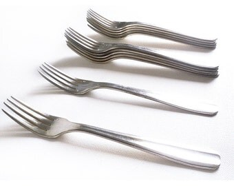 12 Antique French Silverplate Forks, French Silverware, French Flatware, Classic Design Cutlery, Antique Tableware