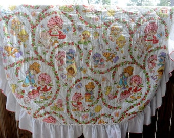 Vintage Strawberry Shortcake Full Bed Cover with Ruffle