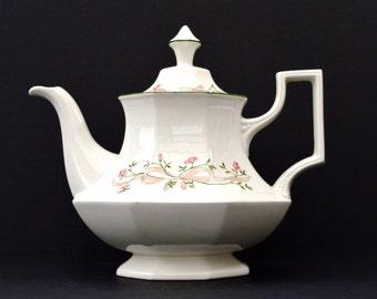 1980 Eternal Beau Johnson Brothers Tea Pot Vintage Cream Tea Pot Vintage Ceramic Tea Pot Vintage Home Tableware Vintage Housewares