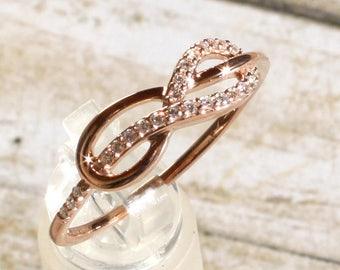 Romantic 14K Rose Gold & 1/10 CTW Genuine Diamond Infinity Design Wedding Ring Band Sz 7.25