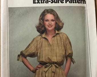 Simplicity 8823 - Extra Sure Pullover Dress with Blouson Bodice - Size 12 14 16