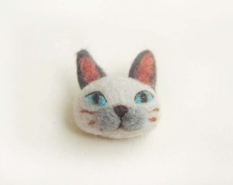 Needle Felted Siamese Cat Brooch - Felted Cat Brooch - Felt Cat Brooch - Siamese Cat Brooch - Cat Pin