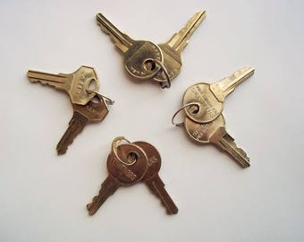 Small Keys Art Supply, Lot of Four Sets = Eight Keys