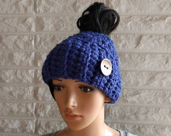 Women's messy bun hat, chunky blue ponytail hat, chunky messy bun hat, gifts for her, women's accessories, fall, winter and spring fashion