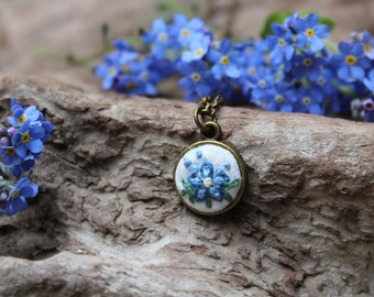 Forget me not necklace.Embroidered necklace. Forget me not jewelry. Forgetmenot pendant. Something blue. Forget-me-not. Remembrance Necklace