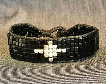 Cross Bracelet, Black beaded bracelet, Stacking Bracelet, Black Boho Bracelet, Gift Ideas, Black Jewelry, Silver beads,  Black Bracelet