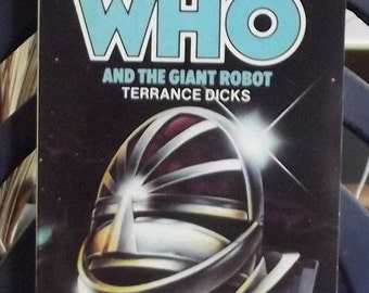 Target Books Present Doctor Who and The Giant Robot 1979