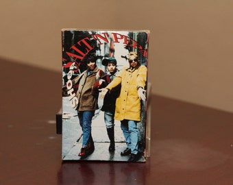Salt N' Pepa SHOOP Cassette Tape Music Vintage 1993 Salt and Pepper Push It