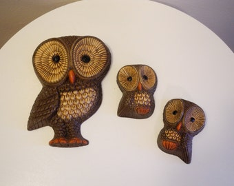 Hippie kitsch - set of three - 60s / 70s OWL wall art trio
