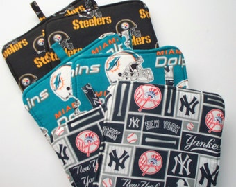 New York Yankee, Miami Dolphins or Pittsburgh Steelers,Set of 2 Heavy Duty,Thick Pot Holders,Kitchen Hot Pads,Trivets,Collector Gift Choice