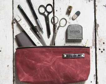 Medium Waxed Canvas Pouch in Radish, Pencil Case, Cosmetic Case, Makeup Bag, Zipper Pouch, Canvas Pouch, Bags and Purses, Men's Gift, Pouch