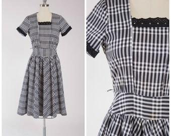 Vintage 1940s Dress • Country Kitten • Black White Plaid Cotton 40s Day Dress Size Medium
