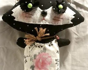 Cute Felt Kitten PLUSHIE plush Toy Handmade OOAK Kitty Cat Wonderland Animal
