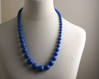 Mid Length 1980s Bright Blue Graduated Beaded Necklace Kitsch