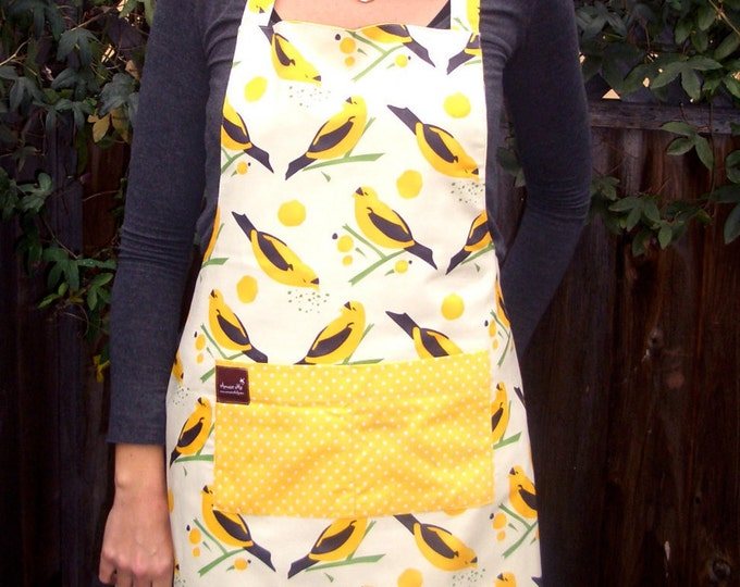 Apron with Pocket Yellow Bird Organic Cotton Reversible, flattering fit, ADULT size.  Adjustable neck strap and waist tie, Spring Fashion