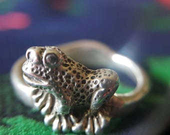 Sterling Silver Frog Ring (st - 1966)