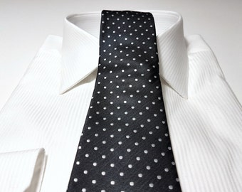 Slim Tie (2.75 inch) in Polka Dots with White and Black Herringbone