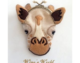 Giraffe Purse, Giraffe Snap Purse, Giraffe Coin Purse, Felt Giraffe Metal Frame Kisslock Purse, Change Purse with Snap, Purse Organizer
