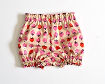 Bloomers - Shorts - Diaper Cover - Shortys - Baby Shorts - Nappy Cover - Toddler shorts - Baby Boy bloomers - Baby Girl Bloomer - Strawberry
