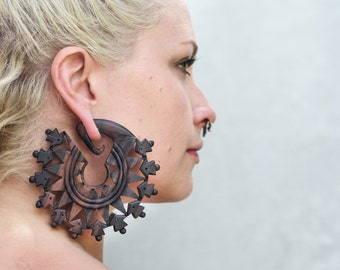 Vedora Mandala Earrings Ear Weights Tribal Earrings Tribal Jewelry 00g 00 gauge 10 mm Dangle Plugs Wood Gauges 00 g Plugs Tribal Plugs