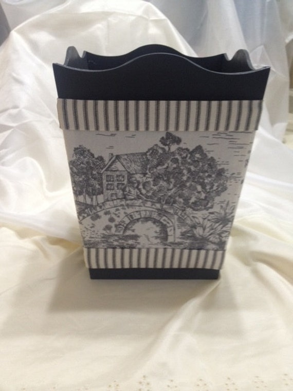 Items Similar To Trash Can Waste Basket Waste Bin