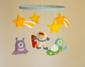 Space Baby Mobile  Aliens Mobile, Monsters mobile  Aliens and Rockeship Mobile  Felt mobile Nursery Monster  Pick your colors