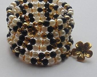Gold Monochrome Memory Wire Bracelet