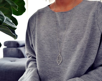 Delicate Antique Silver LEAF NECKLACE / Long Leaf Necklace / Minimal Modern Jewelry / Simple Long layering Necklace / Everyday jewelry