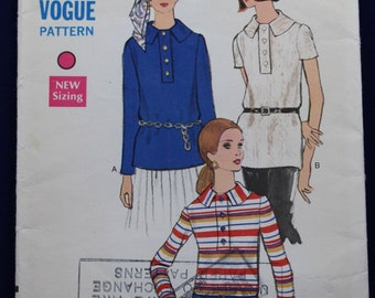 1960's Sewing Pattern for Woman's Blouse in Size 14 - Vogue 7622