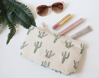 Cactus Block-Print Travel Makeup Bag, Cacti Cosmetic Zipper Pouch, Art Supply Succulent Bag, Hand sewn Canvas Minimalist Pouch