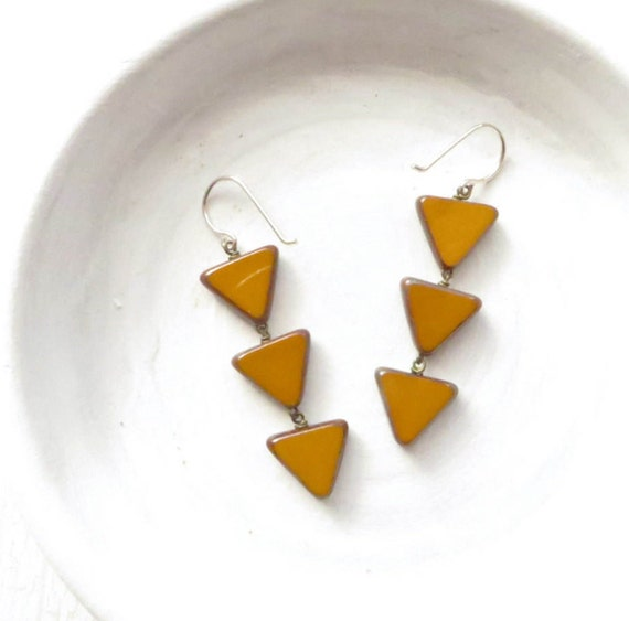 Angle Earrings > Mustard