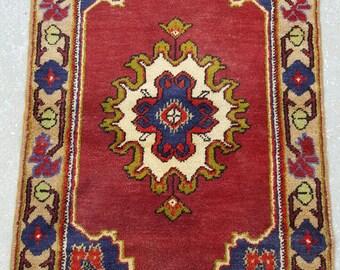 2 by 4 rug / Vintage Oushak Rug / Vintage Rug / Turkish Oushak Rug / Distressed Rug / Oushak Rug / Area Rug / Kitchen Rug / Vintage Pillow