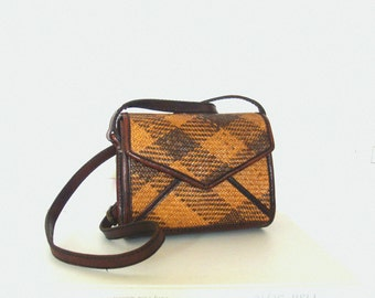 Vintage Brown Tan Wicker Leather Crossbody Shoulder / Satchel Bag