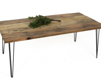 THE RAW KENT - Rustic reclaimed wood dining table set on stable raw-steel hairpin legs