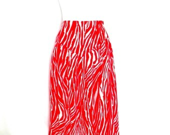1970's Vintage California Krush Skirt Red & White Abstract Skirt Funky Elastic Waist Boho Skirt Festival Clothing Unique 70's Clothing