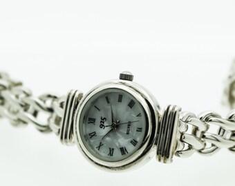 A Stylish Ladies Silver Watch   SKU854